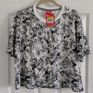 Nike brand new floral top